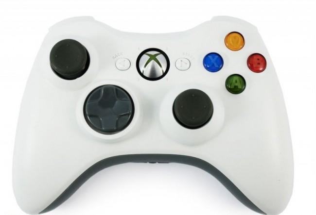 Xbox 360 pultelis baltas